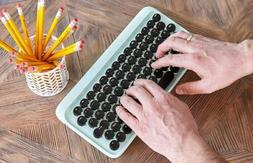 eh112 typewriter inspired bluetooth mechanical keyboard turq