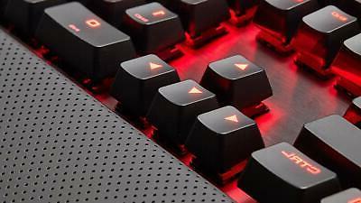 Corsair Mechanical Red LED, Brown